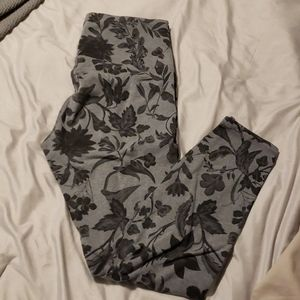 Old Navy Active Go-Dry Leggings